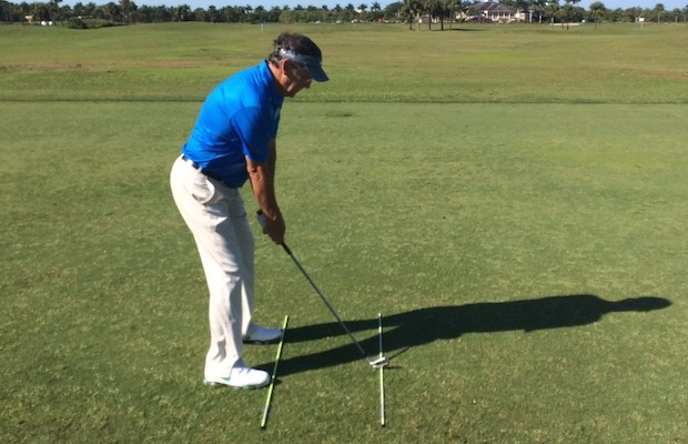 golf-alignment for hook golf swing